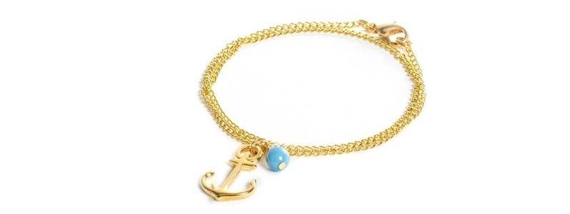 Feine goldene Armbänder Anker