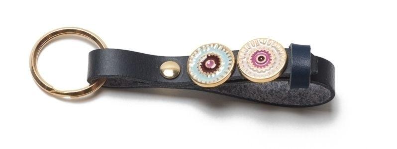 Schlüsselanhänger aus Lederband mit Slidern Schwarz