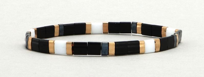 Elastisches Armband mit Tila und Halftila-Perlen Schwarz-Weiß-Gold-Grau