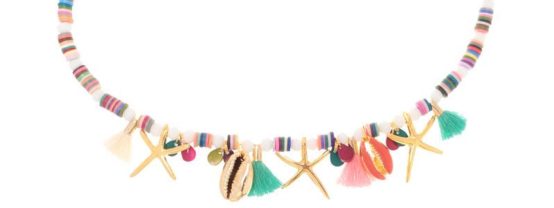 Sommerkette mit bunten Muschelanhängern und Katsukiperlen