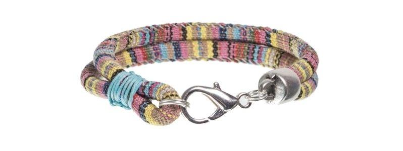 Ethno-Armband Pastell