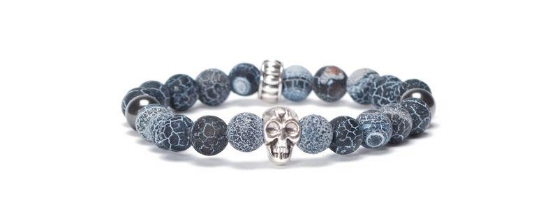 Armband mit bunten Edelsteinkugeln Totenkopf