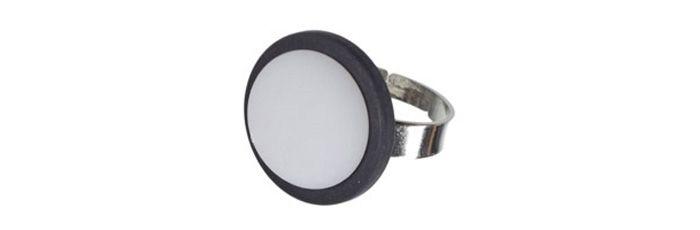 Ring Weiß-Schwarz