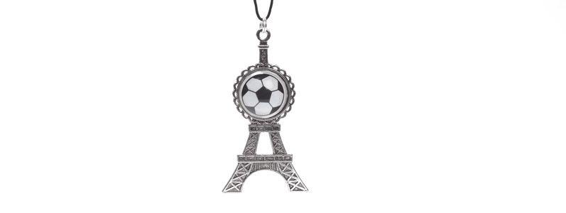 Kette mit Anhänger Eiffelturm silberfarben