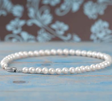 Perlenketten knoten