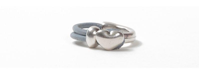 Metall Ring Herz Grau