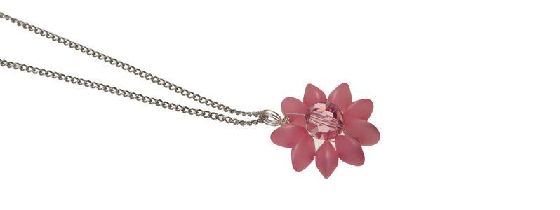 Ketten mit Blumenanhänger Rose