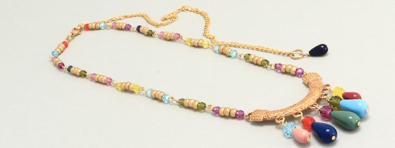 Kette mit bunten Perlen von Preciosa