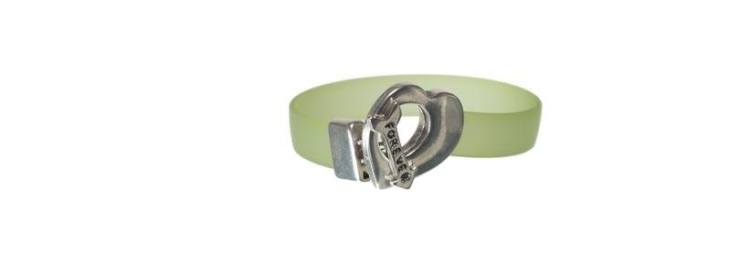 Armband mit Knebelverschluss Herz