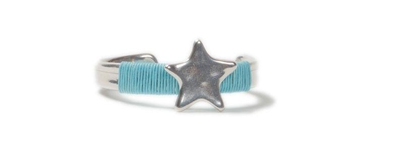 Pin Armreifen Stern Hellblau