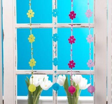 Fensterdeko Blumenstränge mit Polarisperlen