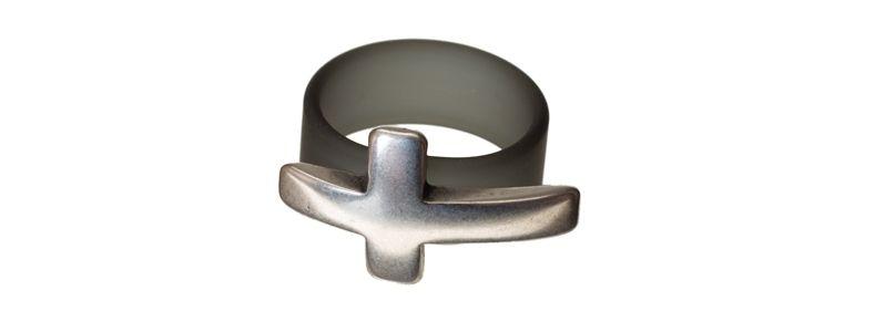 Ring Kreuz Grau
