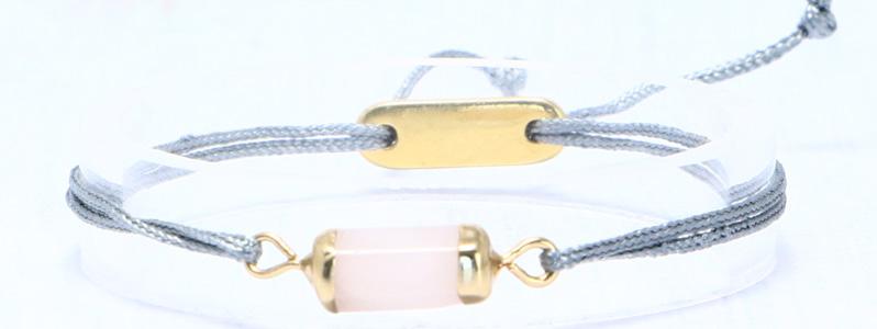 Armband mit Edelsteinarmbandverbinder und Schiebeverschluss grau