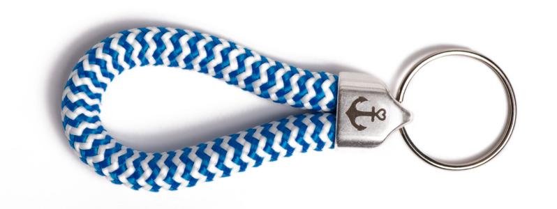Maritimer Schlüsselanhänger aus Segeltau Blau-Weiß Gestreift