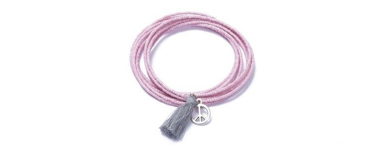 Memory Wire Armband mit Rocailles und Troddel