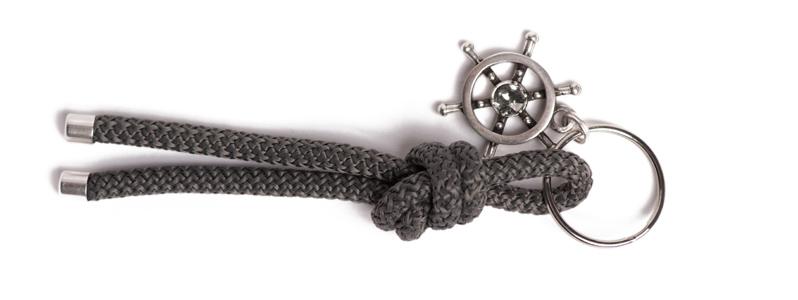 Maritimer Schlüsselanhänger aus Segeltau Knoten Dunkelgrau