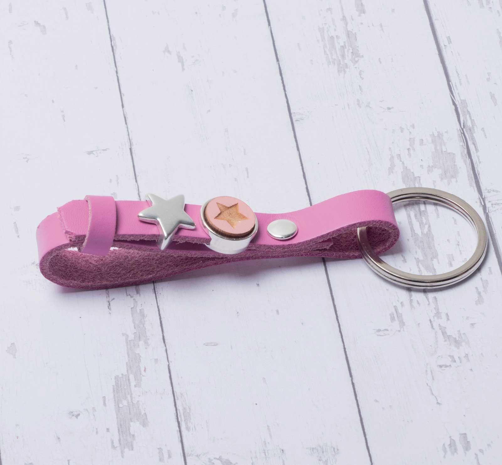 Schlüsselanhänger für Slider aus breitem Lederband machen