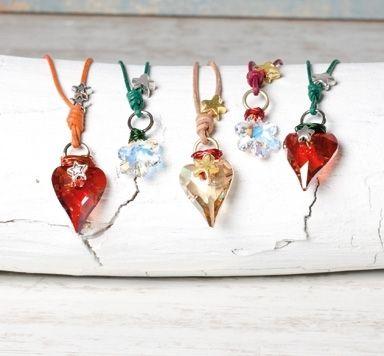 Weihnachtsketten mit Herzanhänger