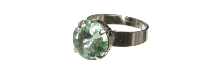 Ring Chrysolite
