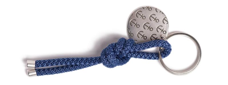 Maritimer Schlüsselanhänger aus Segeltau Knoten Dunkelblau