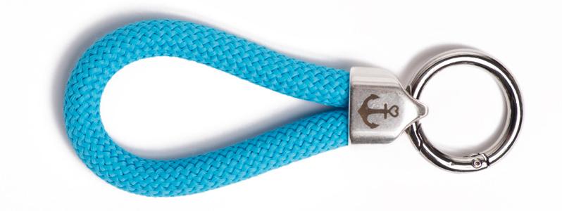 Maritimer Schlüsselanhänger aus Segeltau Hellblau