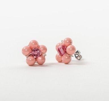 Blumenohrstecker mit Perlen und Modellierdraht