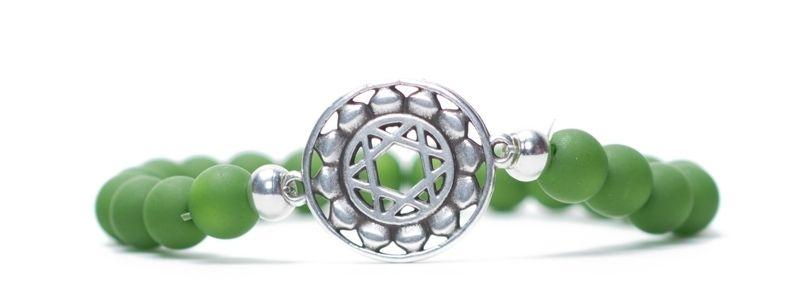 Armband Herzchakra versilbert grün