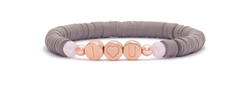 Armband mit rosevergoldeten Buchstabenperlen Liebe
