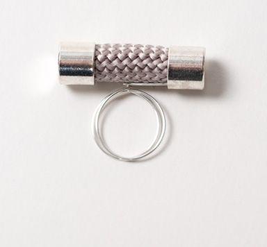 DIY-Anleitung für einen selbstgemachten Ring aus Segelseil