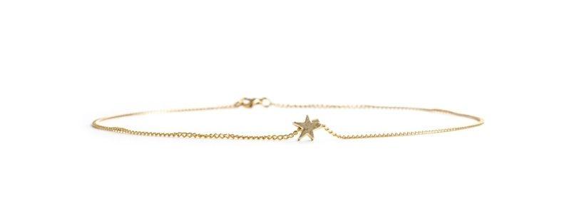 Feine goldene Halsketten Stern