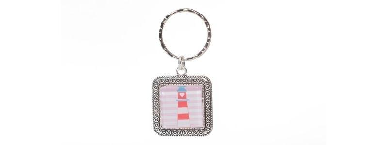 Schlüsselanhänger mit viereckigem Glascabochon Leuchtturm
