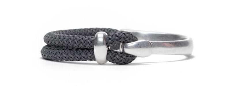 Armband mit Hakenverschluss und Segelseil versilbert