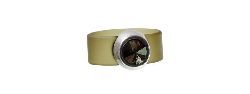 Rivoli Ring Iridescent Green