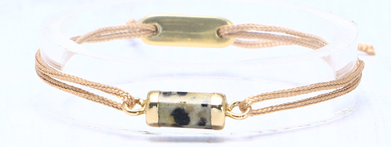 Armband mit Edelsteinarmbandverbinder und Schiebeverschluss braun
