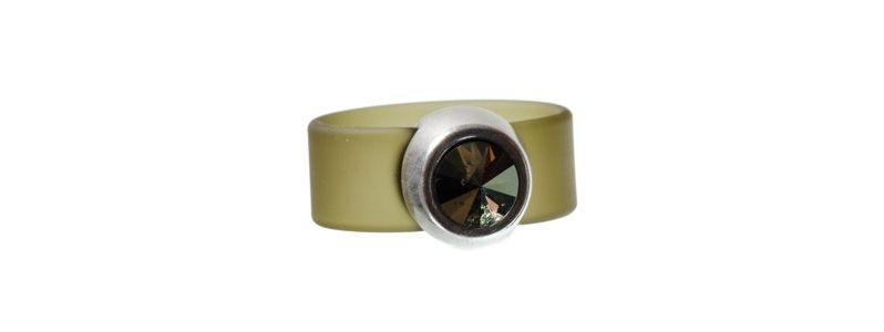 Rivoli Ring Iridescent Green