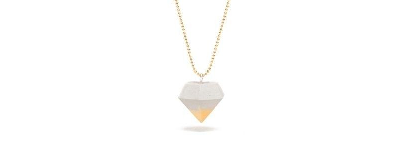 Beton Style -Kette mit Anhänger Diamant Goldfarben
