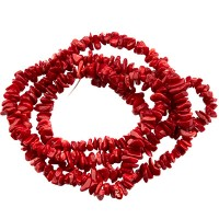 Strang Bambuskoralle, Chips, rot gefärbt, ca. 4 -10 mm, Länge des Strangs ca. 79 cm