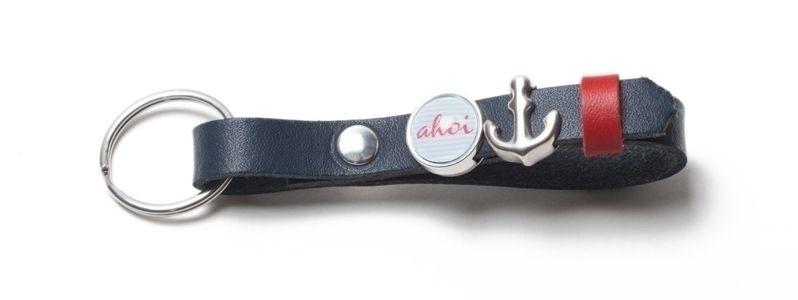 Schlüsselanhänger aus Lederband mit Slidern Dunkelblau