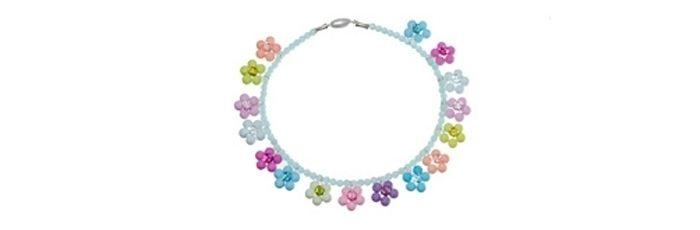 Polariskette mit Gala Sweet Blumenanhängern Pastell