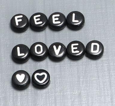 Buchstabenperlen Kunststoff rund schwarz