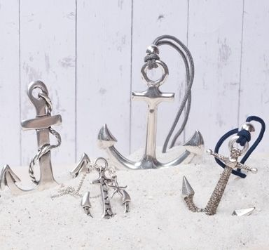 Ideen für frische Metallanhänger und Metallperlen