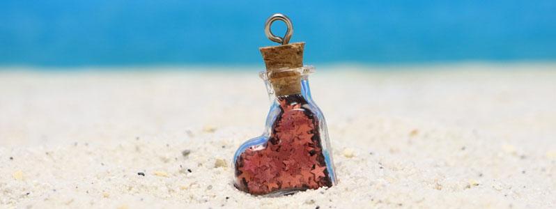 Anhänger mit Glasflasche Flaschenpost Herz
