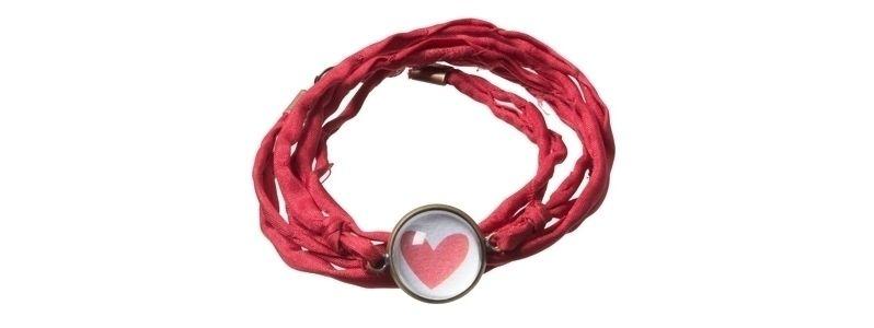 Scrapbookarmband Rotes Herz