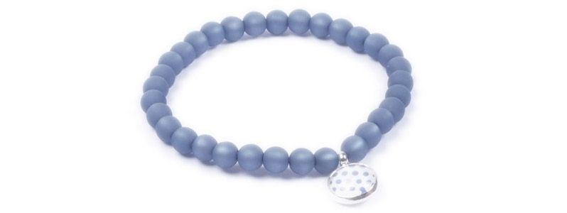 Armband kleine Glascbochons blaue Punkte
