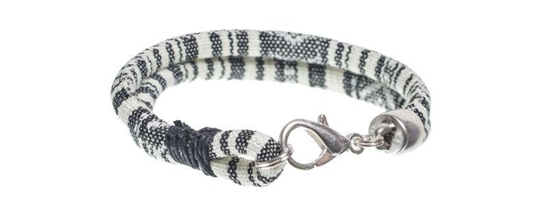 Ethno-Armband Schwarz-Weiß