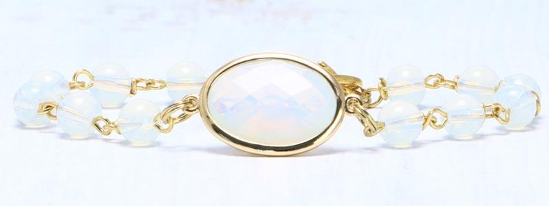 Armband mit Edelsteinarmbandverbinder und Kugeln Opalit