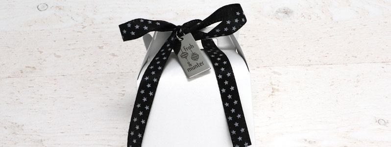 Geschenkverpackung mit Henkel für Weihnachten mit Edelstahla