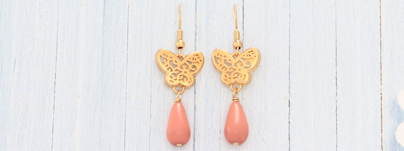 Ohrringe mit Schmetterlingen und Nacre Pearls