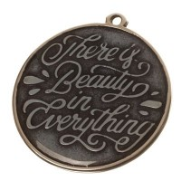 "Metallanhänger Motto ""There is beauty in everything"", versilbert, ca. 30 mm"