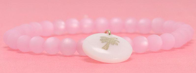 Armband mit Polaris Perlen und Perlmutt Anhänger Palme